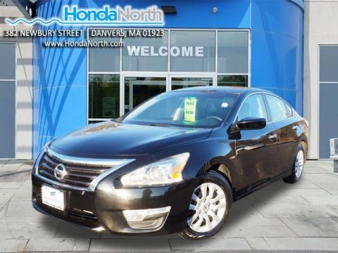 Pre-Owned 2014 Nissan Altima 2.5 SV